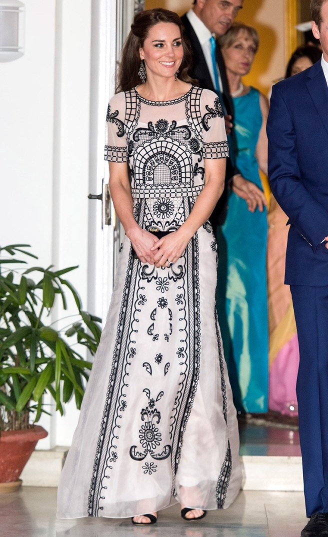 Kate Middleton chose an off-white and black gown to a party honouring the Queen's 90th birthday.