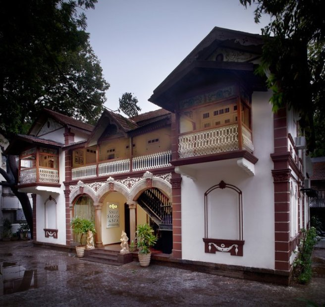 Vintage Garden, Patkar Bungalow, 34D, Turner Road, Bandra (West)