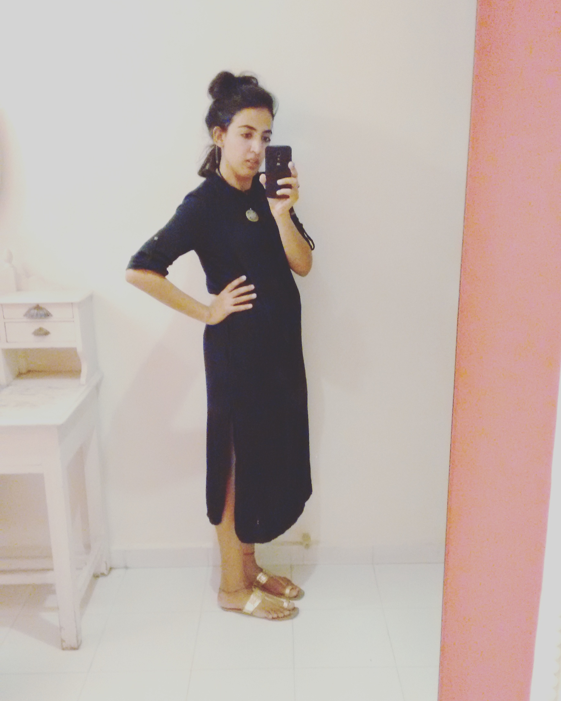 I wore my black midi dress with slits with Gold kolhapuri slip-ons and a statement pendant | Chai High is an Indian Fashion blog started by Shivani Krishan