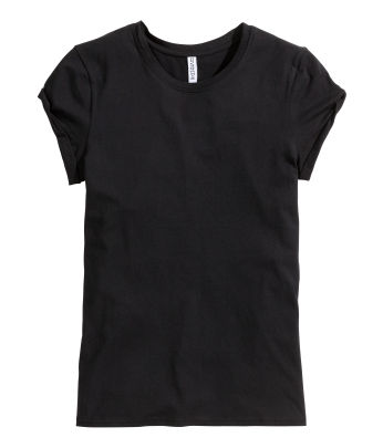 Basic black tee by H&M | Chai High is an Indian Fashion Blog started by Shivani Krishan
