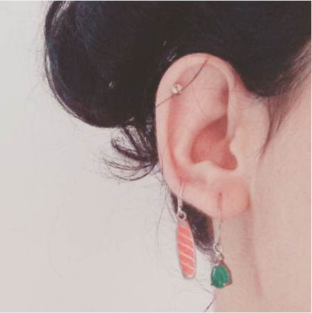 Two dangling earrings in a row | Chai High is an Indian Fashion Blog started by Shivani Krishan