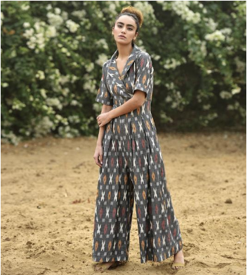 A Khara Kapas Ikat jumpsuit for New Years Eve spent at the beach | Chai High is an Indian Fashion Blog started by Shivani Krishan